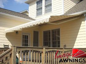 custom motorized & retractable awnings 14