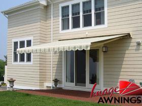 custom motorized & retractable awnings 16