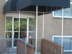custom commercial awnings 23