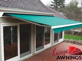 custom motorized & retractable awnings 15
