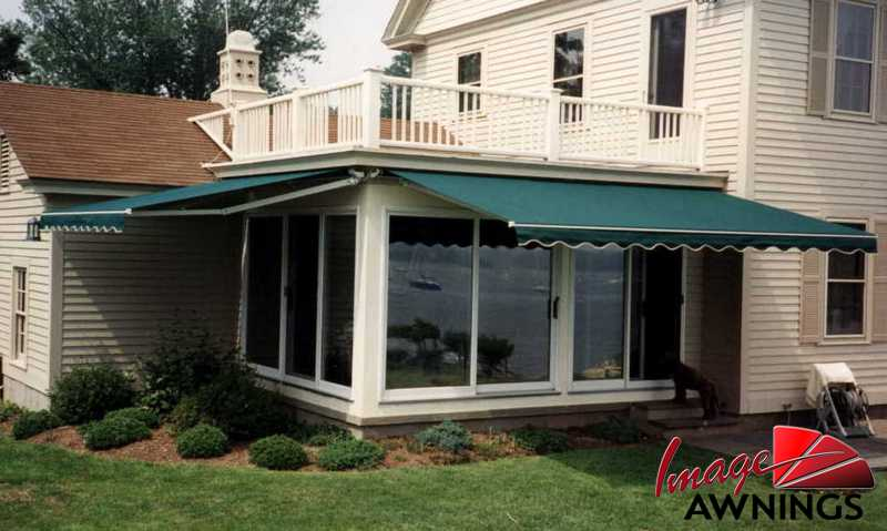 custom motorized & retractable awnings 1