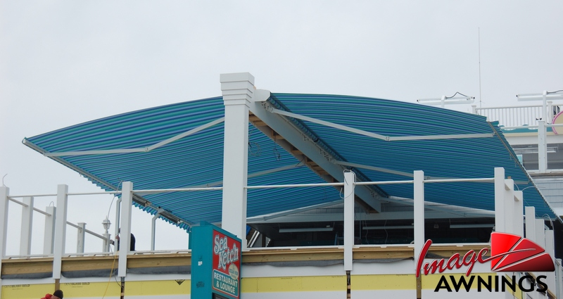 custom motorized & retractable awnings 2