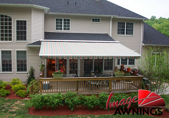 custom-motorized-and-retractable-awnings-image-011-by-image-awnings-nh.jpg