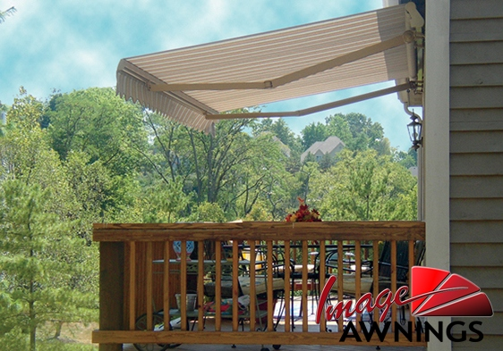 custom-motorized-and-retractable-awnings-image-013-by-image-awnings-nh.jpg