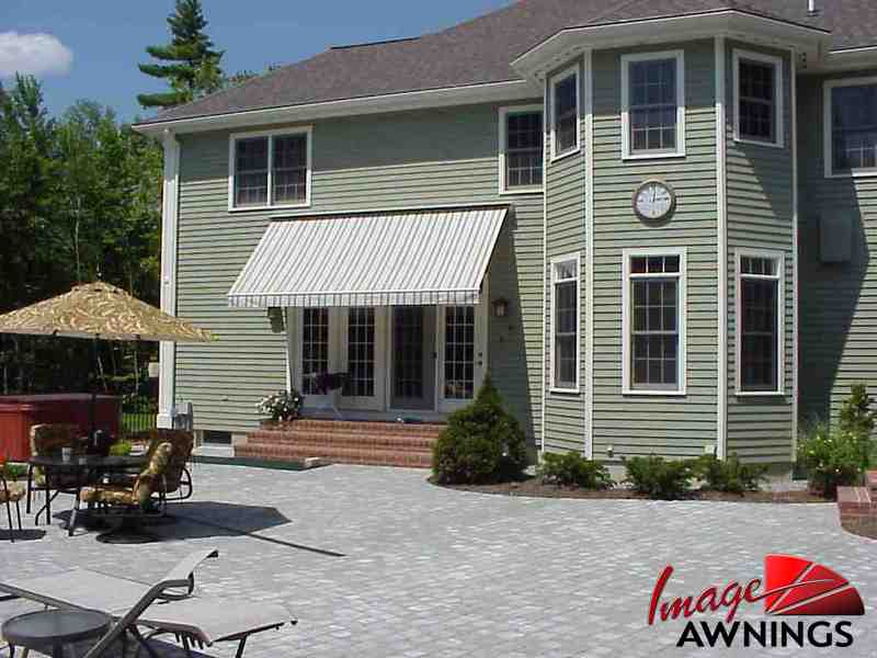 custom-motorized-and-retractable-awnings-image-019-by-image-awnings-nh.jpg