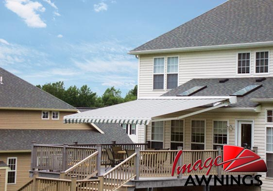 custom-motorized-and-retractable-awnings-image-021-by-image-awnings-nh.jpg