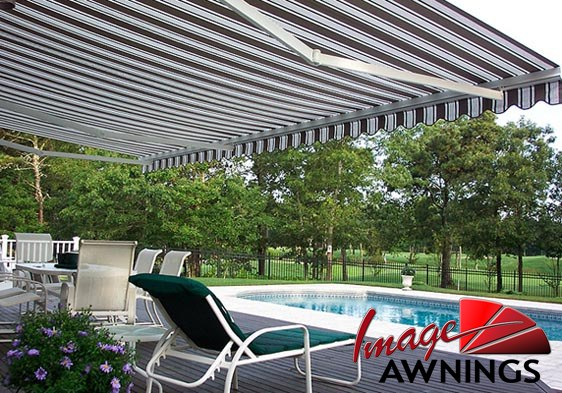 custom-motorized-and-retractable-awnings-image-022-by-image-awnings-nh.jpg