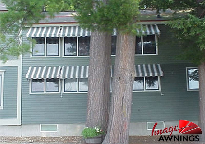 custom-residential-awnings-image-040-by-image-awnings-nh.jpg
