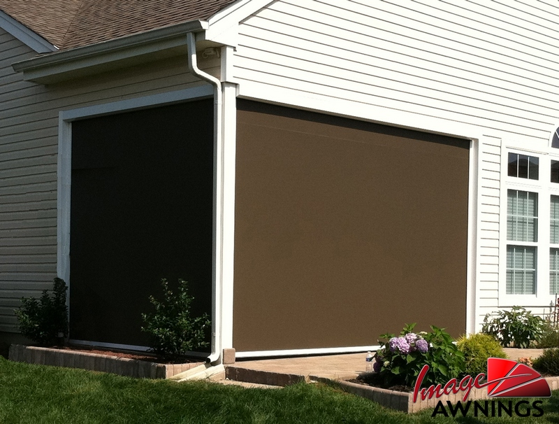 custom-solar-screen-image-04-by-image-awnings-nh.jpg