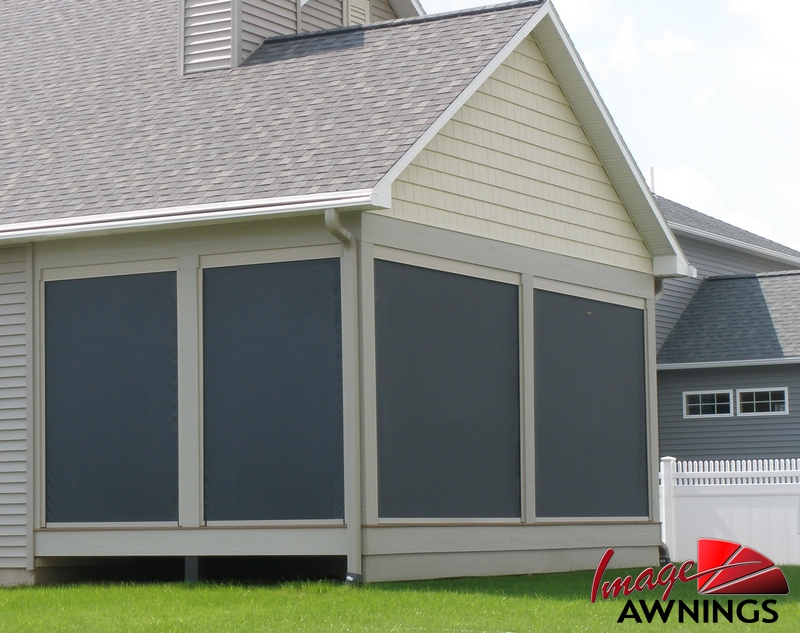 custom-solar-screen-image-10-by-image-awnings-nh.jpg